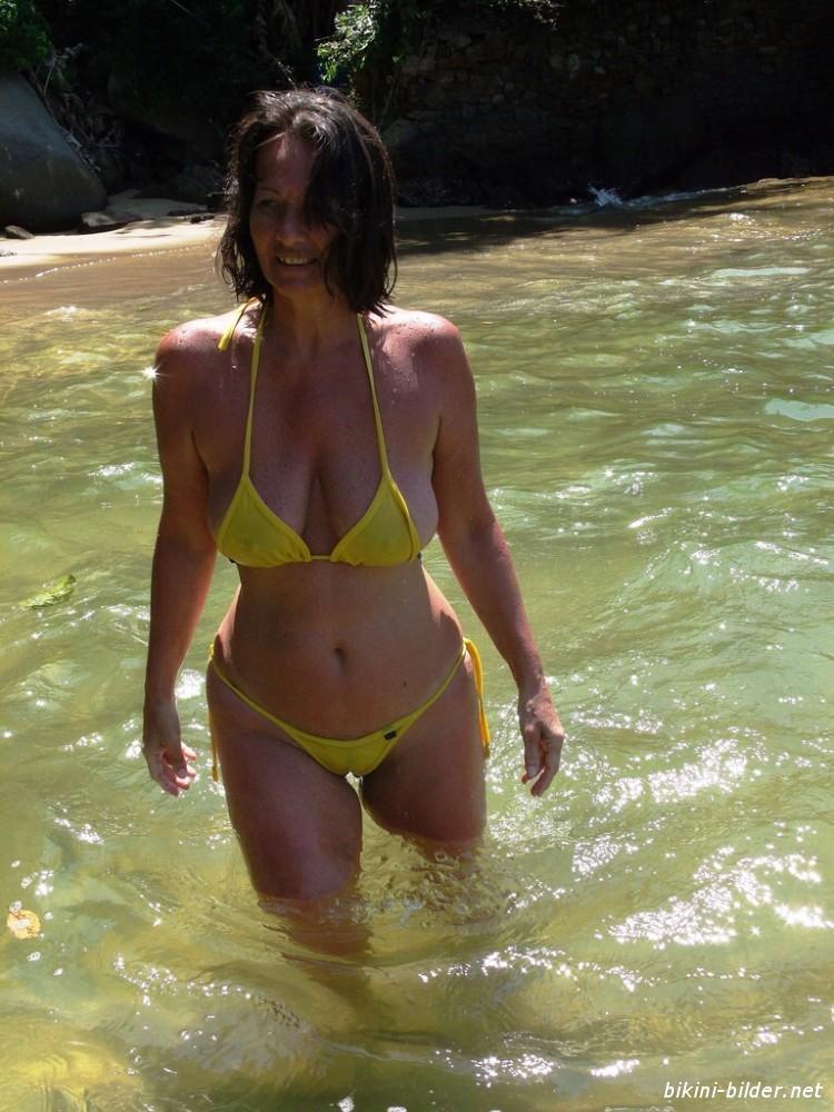 Amatuer Bikini Pics
